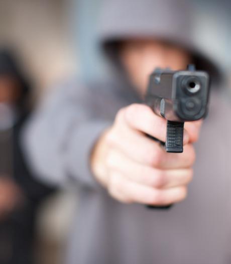 """Elle entend en permanence des coups de feu à cause du """"syndrome de la tête qui explose"""""""