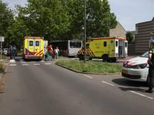 Fietsster ernstig gewond bij botsing met bus op Vlaardingse Churchillsingel