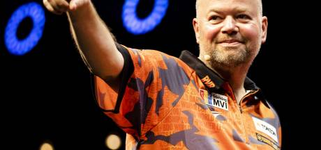 Van Barneveld wint zesde speelronde 'A Night at the Darts'