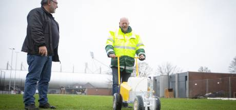 Groenbedrijf blijft de lijnen trekken: geen privatisering sportvelden in Almelo