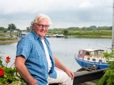 Leo Veldstra uit Veessen geridderd voor introductie osteopathie in Nederland