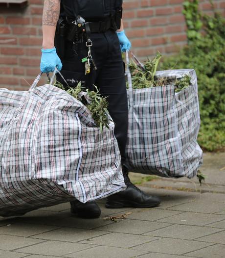 Sluiting woning aan de Middendijk in Helmond vanwege drugsvondst