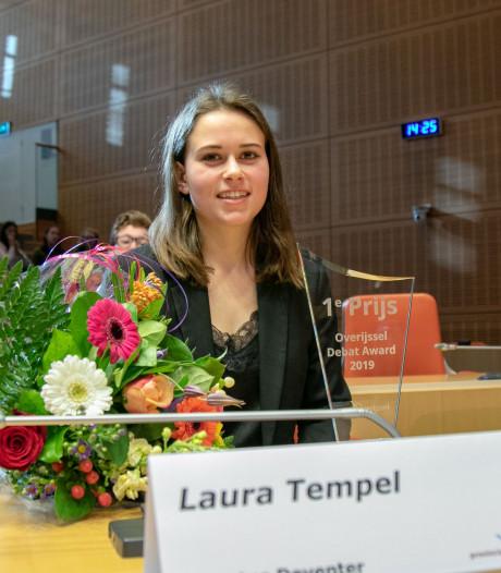 Laura Tempel uit Deventer wint debatwedstrijd Overijssel