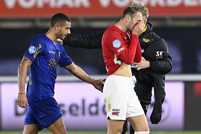 Ongeloof bij Teun Koopmeiners nadat AZ weer een bijna zekere overwinning uit handen heeft gegeven.