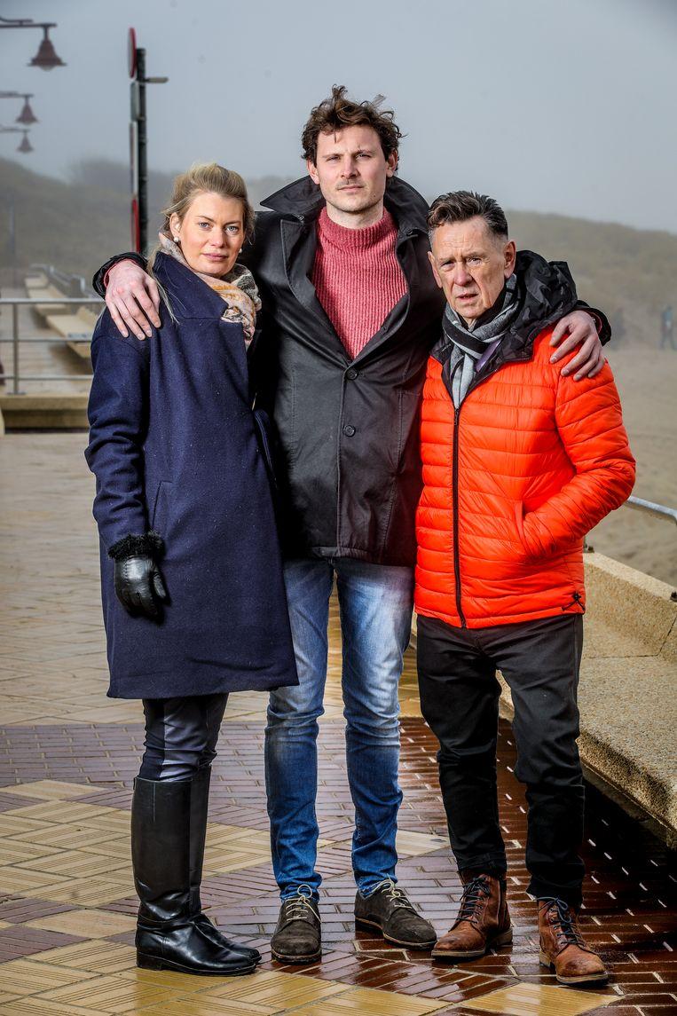 Eline Verhaege en Beau Dobbels verwachten hun eerste kindje, Aaron zou nonkel zijn geworden.