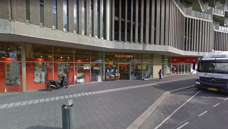 Blokker in winkelcentrum De Kameleon in Zuidoost. Beeld Google Streetview