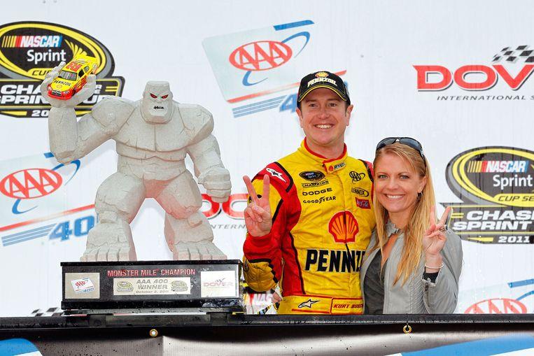 Kurt Busch met zijn vriendin (archieffoto) Beeld afp