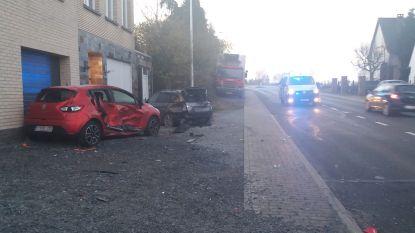 Autodieven richten ravage aan in Halle