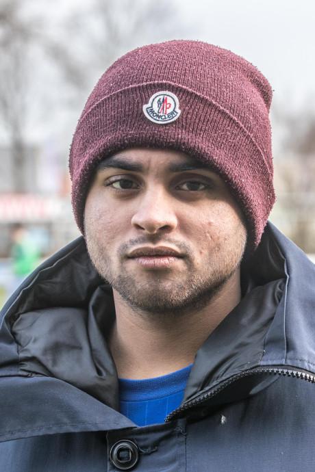 Voetbaltrainer uit Zwolle voor ogen van jeugdteam in elkaar geslagen
