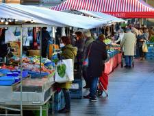 'Er is maar weinig volk' op de halve weekmarkt Roosendaal