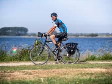 Martijn heeft een hekel aan fietsen, maar trapt toch 24 uur aan een stuk door