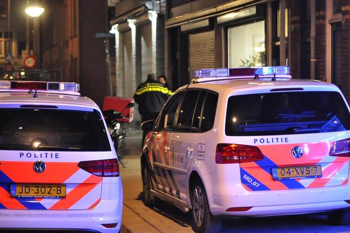 Een maaltijdbezorger werd overvallen op de Haagweg in Breda.
