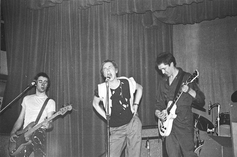 Het Sex Pistols-concert in de Free Trade Hall in Manchester van 4 juni 1976, dat velen inspireerde zelf muziek te maken. Beeld Paul Welsh / Getty