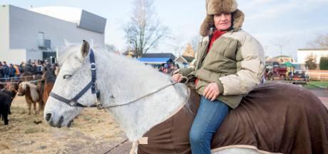 Tanende interesse in Goorse paardenmarkt, maar het bier stroomt rijkelijk