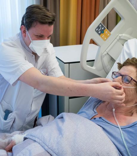 Ziekenhuizen puilen uit van de grieppatiënten