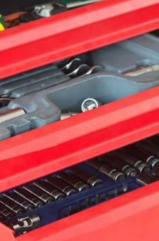 Politie waarschuwt voor agressieve, intimiderende verkopers van gereedschap: 'Trap hier niet in'