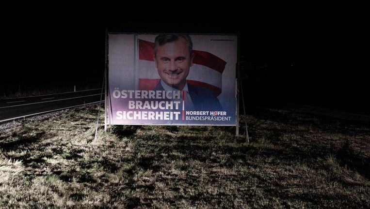 Norbert Höfers verkiezingsslogan. Beeld null