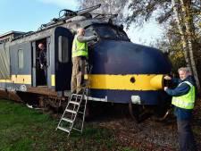 Lukt het deze treinfanaten om een Hondekop uit 1957 weer te laten rijden?