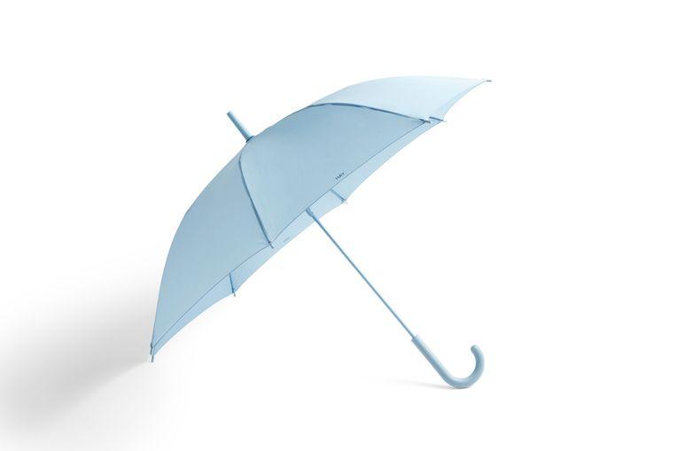 Woonmerk Hay kijkt verder dan het interieur met deze 'Mono'-paraplu, € 35. hay.dk Beeld