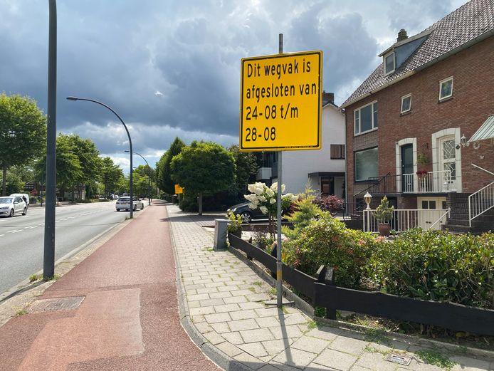 In de laatste 2 weken van augustus wordt gewerkt aan de fietspaden van de Bornsestraat. Daarvoor wordt steeds één rijbaan afgesloten.