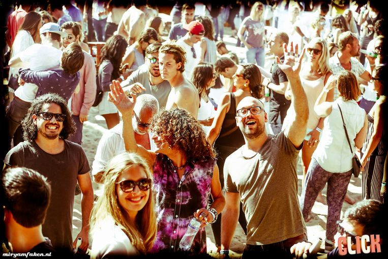null Beeld Click at the beach 2015