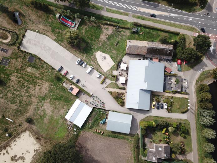 De plannen voor de bouw van 30 zorgunits op het terrein van Aktief Overiissel aan de Ommerweg in Hancate veroorzaken veel onrust in de buurt.