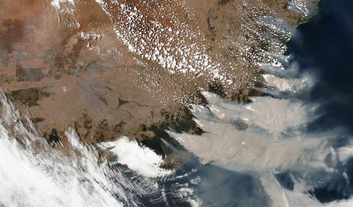 Dikke rook boven Victoria en New South Wales.
