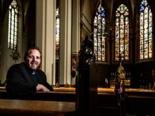 Gauthier de Bekker: trotse én jongste priester van de parochies Raalte en Deventer