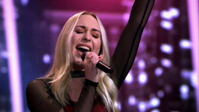 Videostill Daphne uit Havelte strijdt vanavond in finale The Voice