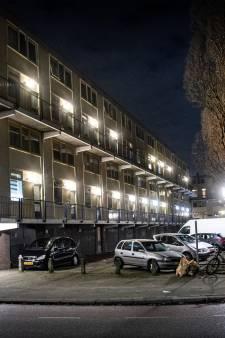 In deze flat ontspint zich het wilde westen van Nijmegen: 'Prostitutie, drugs, wapenhandel; Onbegrijpelijk dat het mag doorgaan'