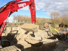 Flink graven voor nieuwe fietstunnel Innovatieweg Terneuzen