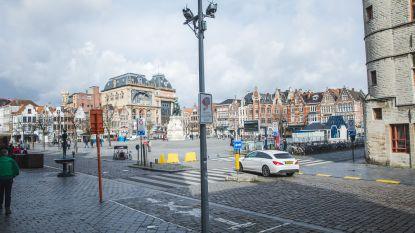 Al 6.000 bestuurders verrast en al 300.000 euro opgebracht: 'boetevalstrik' Vrijdagmarkt krijgt nu extra aanduiding