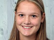 Evy van Rossum (15) wint timmerwedstrijd: 'Mijn docenten zijn trots'