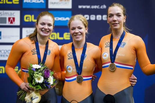Kyra Lamberink, Shanne Braspenning en Steffie van der Peet.