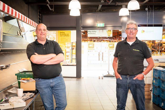 Jan van Brakel (rechts) en de nieuwe bedrijfsleider Ronald Hakstege.