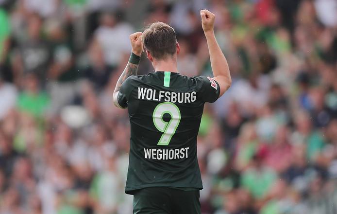 Zoals ze Wout Weghorst graag in Wolfsburg zien: juichend na weer een doelpunt.