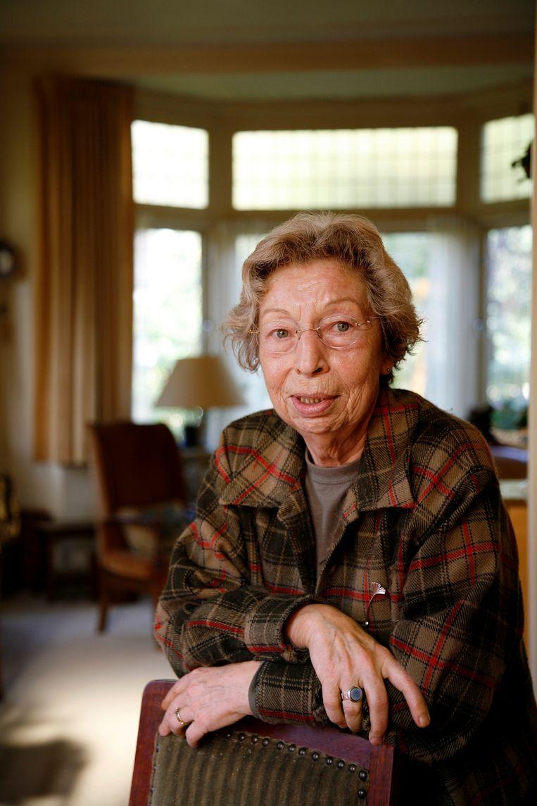 Mieke Vestdijk, weduwe schrijver Simon Vestdijk, in 2005. Beeld Hollandse Hoogte / Bob Bronshoff