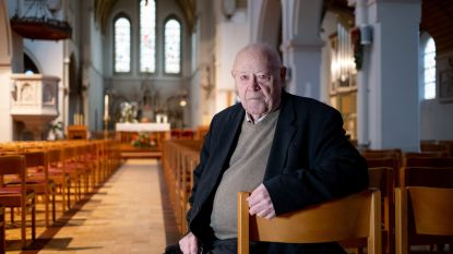 """Gepensioneerd pastoor Jef Bats (80) werkt verder als vrijwilliger: """"Stilzitten is voor niemand goed"""""""