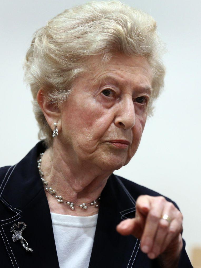 Irene Weiss, de 84-jarige gepensioneerde lerares uit Fairfax, Virginia beschreef in detail hoe haar familie bij hun aankomst in Auschwitz in mei 1944 uit elkaar werd gerukt. Weiss verloor haar beide ouders, vier broers en zussen en 13 neven en nichten in Auschwitz.