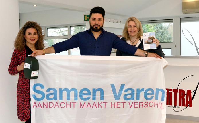 Mitra Khalilzadeh, kapper Mo en Belinda Wegner-Out zetten zich in voor de Stichting Samen Varen.