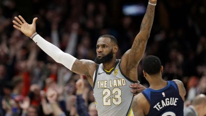 VIDEO: Dolle taferelen na buzzer beater LeBron James - Elk NBA-team heeft waarde van minstens een miljard dollar