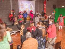 Nieuwe stichting begint in Sint-Maartensdijk met Sinterklaasfeest