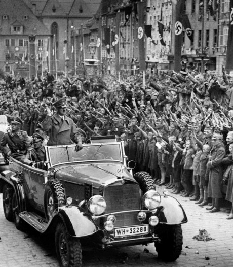 Deze Mercedes van Hitler staat straks in museum Soesterberg