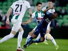 Clark bezorgt zwak Vitesse reddingsboei in play-offs tegen Groningen