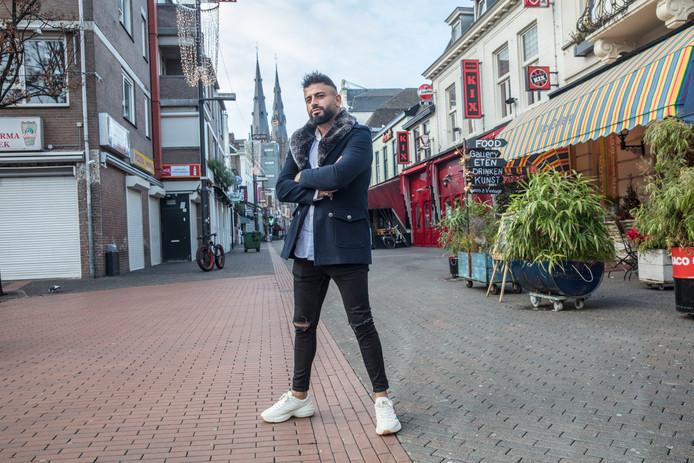 DJ Kaan Deniz op het Stratumseind in Eindhoven