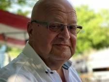 Honderden mensen op straat en een lint van taxi's voor taxichauffeur John (66) die overleed aan corona