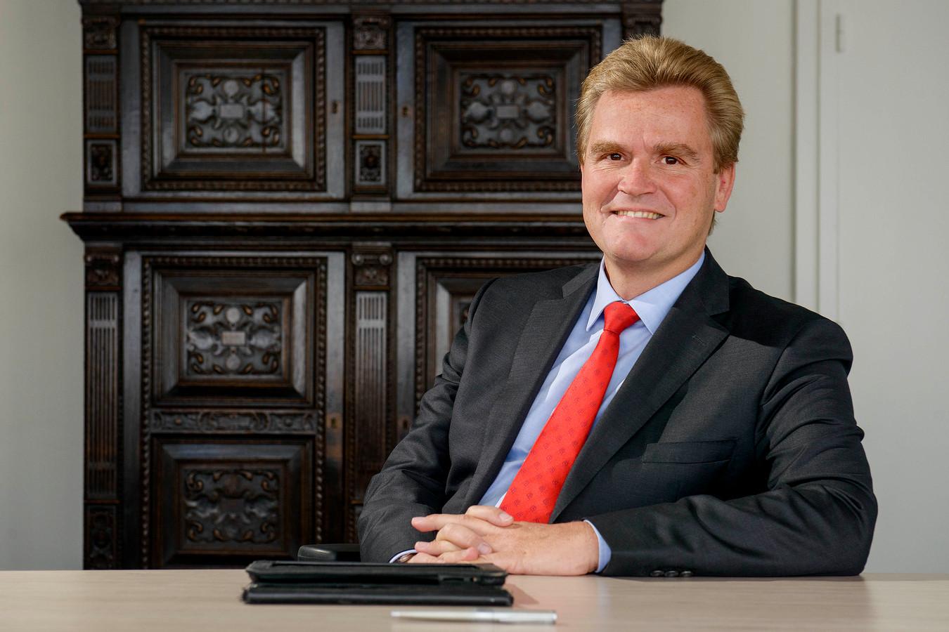 Wie wordt de opvolger van Rob Welten als burgemeester van Borne? Tot 4 oktober kunnen kandidaten solliciteren.