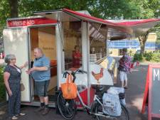 Kipverkoper, kaasboer en loempiakraam weggejaagd van Markt Ermelo