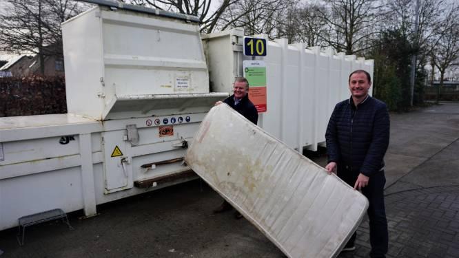 Afgedankte matrassen worden nu al gratis ingezameld op containerpark