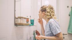 Een lege toiletrol en een geleend scheermes: dit zijn de meest irritante badkamergewoontes